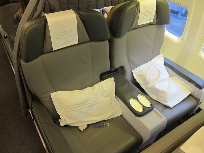 Icelandair-Business-Class-6