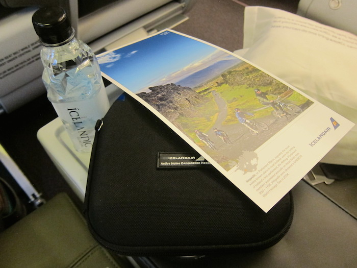 Icelandair-Business-Class-9