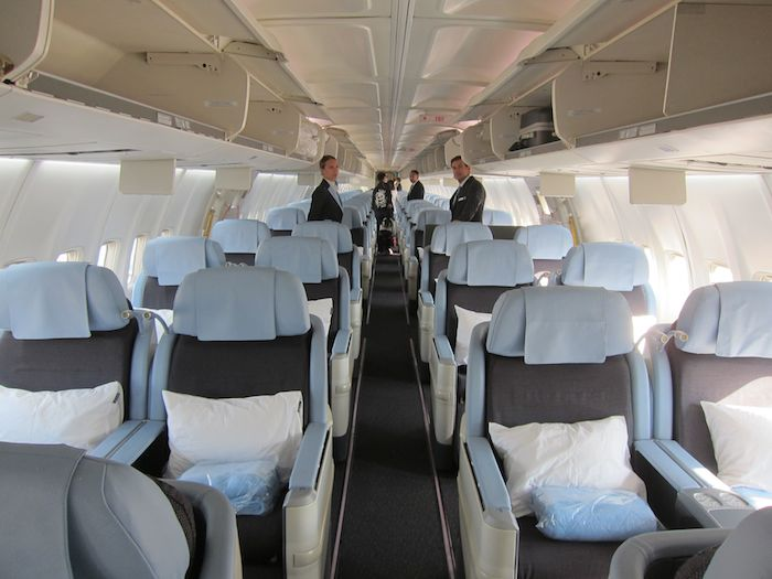 Review la compagnie business class 757 paris to newark for New york to paris flights