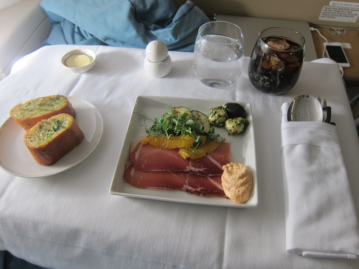 Singapore-Airlines-A380-Business-Class-15