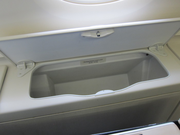 Singapore-Airlines-A380-Business-Class-2