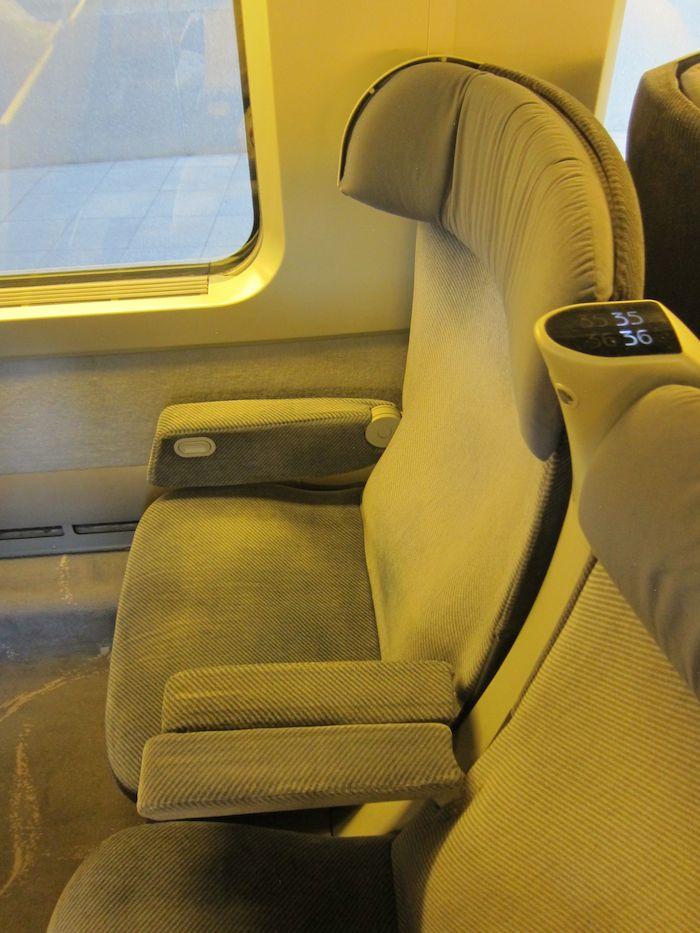 TGV-Train-Brussels-Paris-09