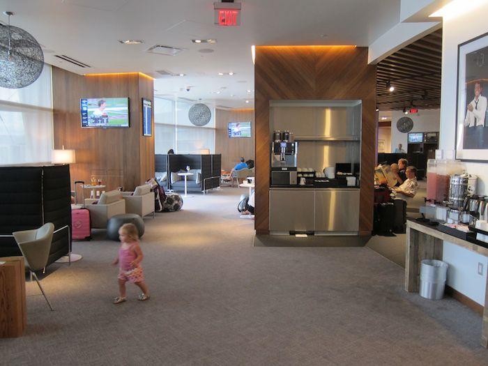 Amex-Centurion-Lounge-Las-Vegas-20