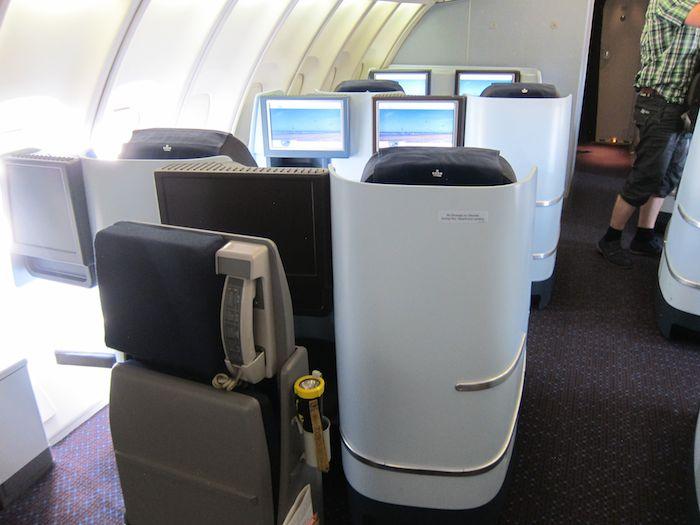 KLM-Business-Class-747-11