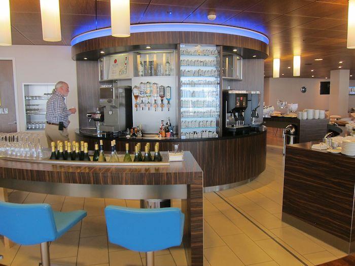 KLM-Crowne-Lounge-Amsterdam-32
