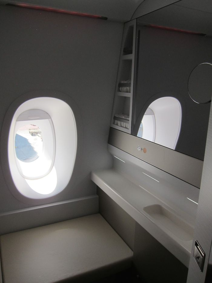 Asiana-A380-First-Class-026
