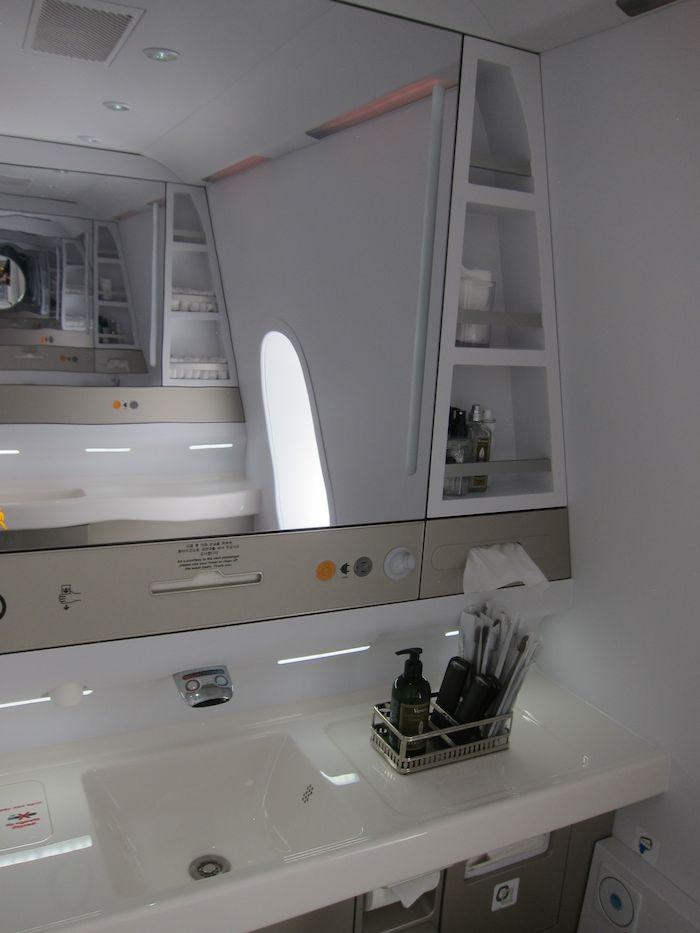 Asiana-A380-First-Class-027