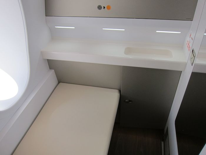 Asiana-A380-First-Class-029