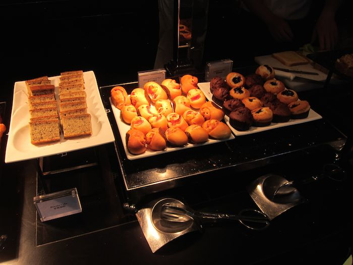 Cathay-Pacific-The-Bridge-Lounge-39