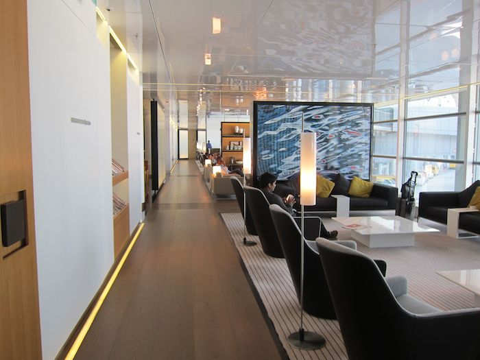 Cathay-Pacific-The-Bridge-Lounge-48