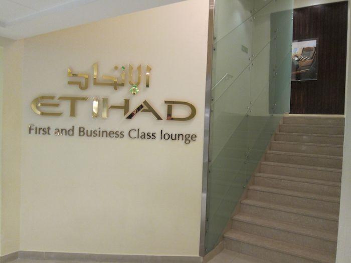 Etihad-Lounge-Abu-Dhabi-05