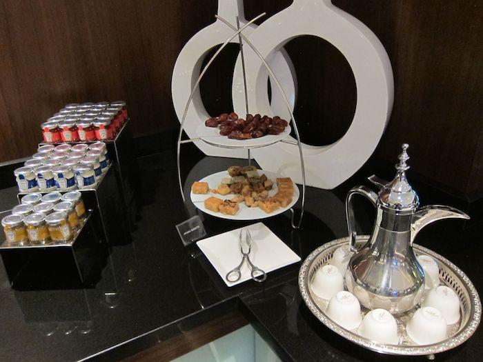 Etihad-Lounge-Abu-Dhabi-20