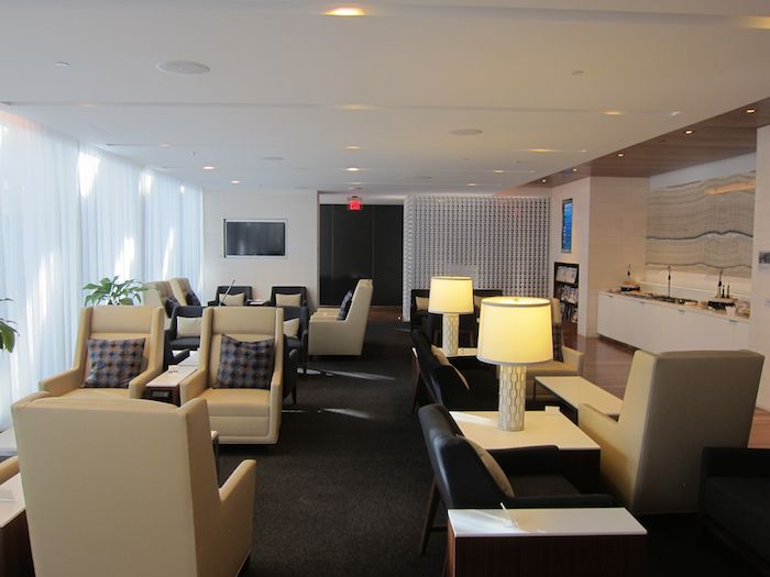 Star-Alliance-First-Lounge-LAX-17