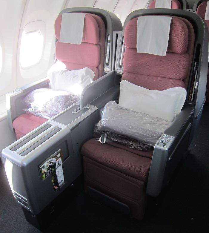 Qantas-Business-Class-747-05