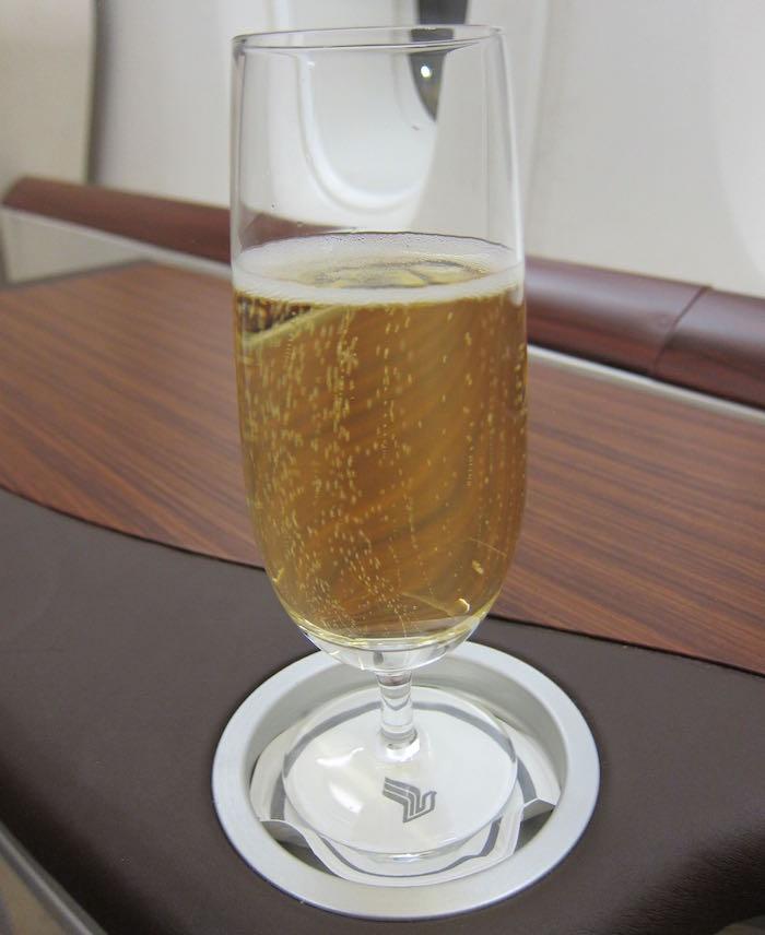 Singapore-A380-Suites-Class-15