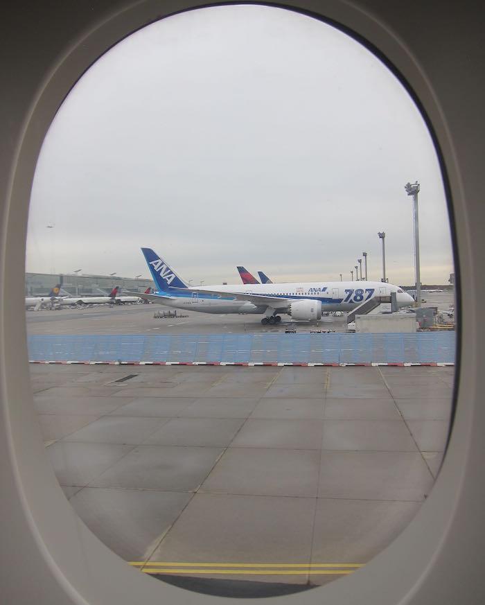 Singapore-A380-Suites-Class-79