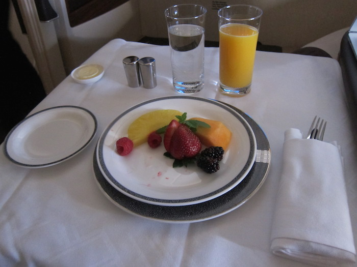 Singapore-Airlines-Breakfast-1