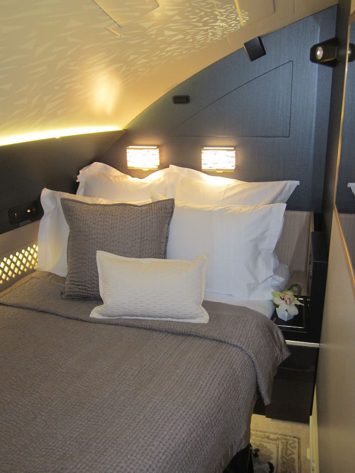 First Review Of Etihad S A380 The Residence One Mile At
