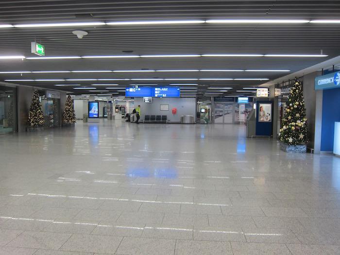 Lufthansa-Senator-Lounge-Frankfurt-02