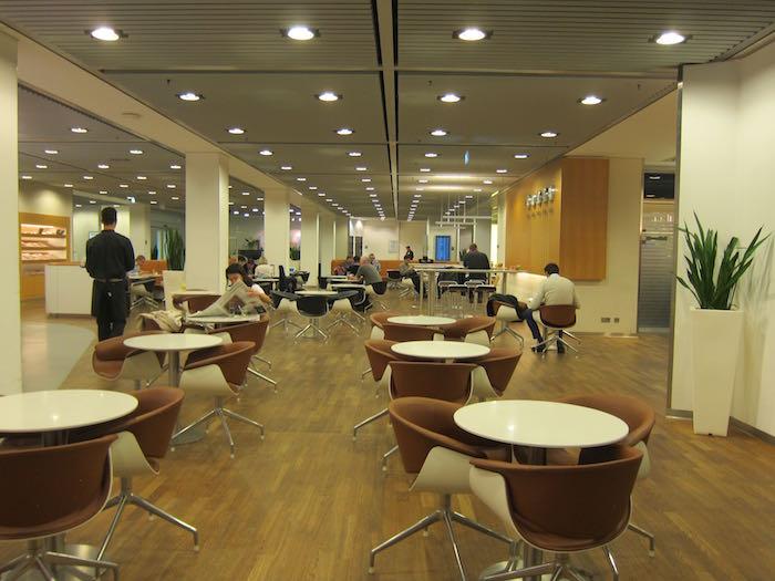 Lufthansa-Senator-Lounge-Frankfurt-18