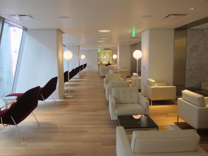 Qantas-First-Lounge-LAX-10