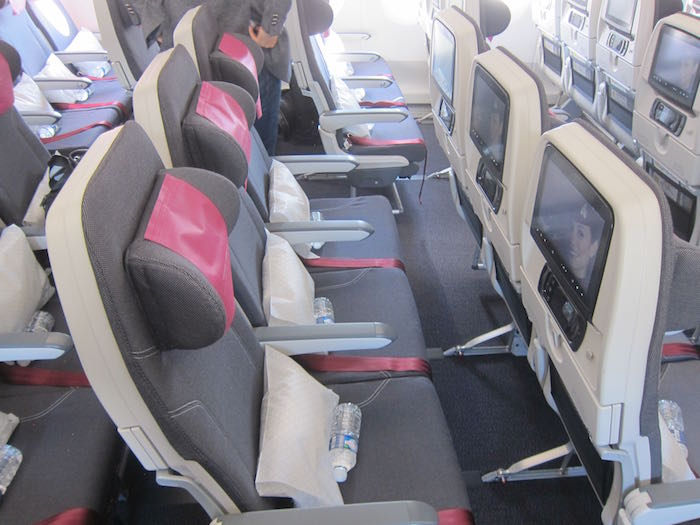 Qatar-Airways-A350-13
