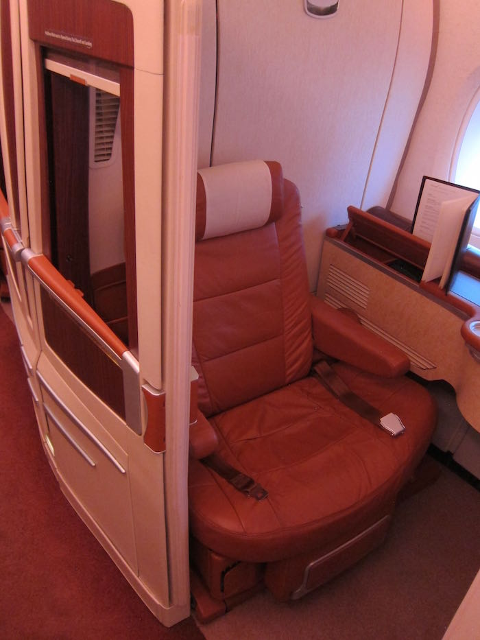 Singapore-Airlines-A380-Suites-02
