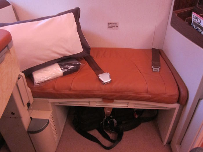 Singapore-Airlines-A380-Suites-07