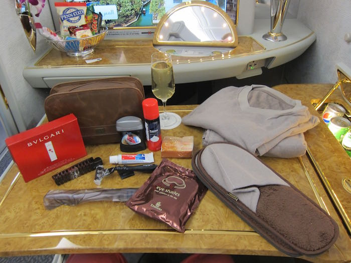 Emirates Business Class Bvlgari Amenity Kit Products Hot Sale Aeronautica