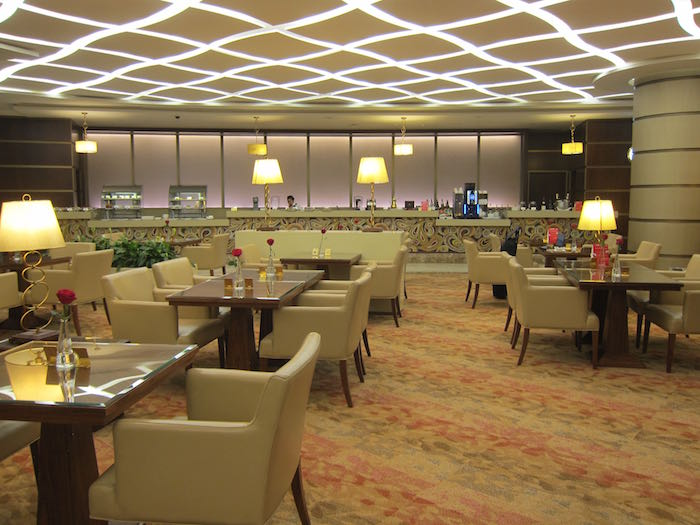 Emirates-First-Class-Lounge-Dubai-38