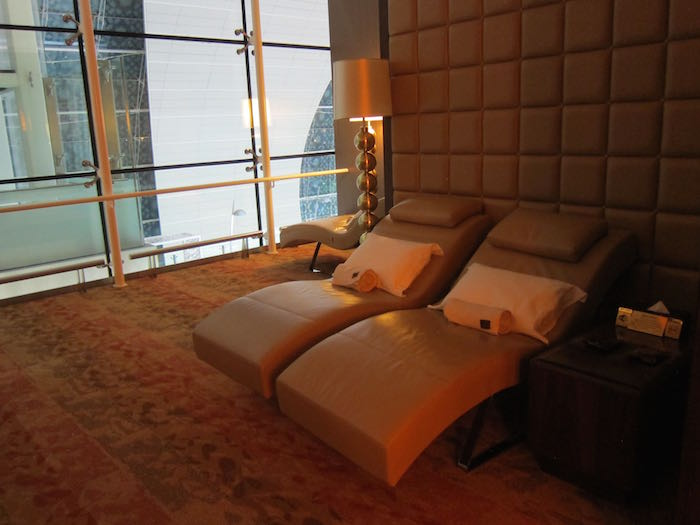 Emirates-First-Class-Lounge-Dubai-44
