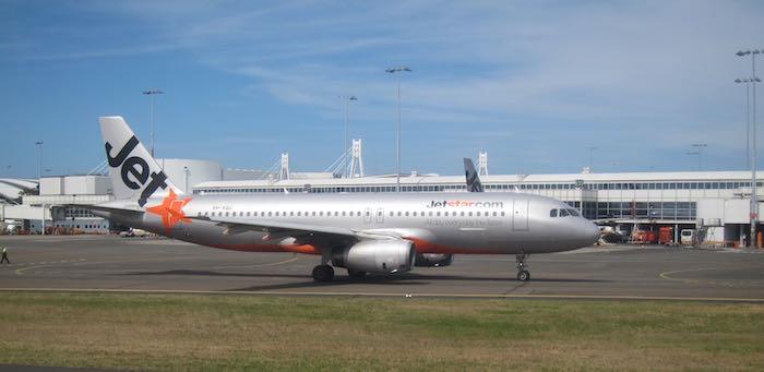 Qantas-737-Business-Class-35