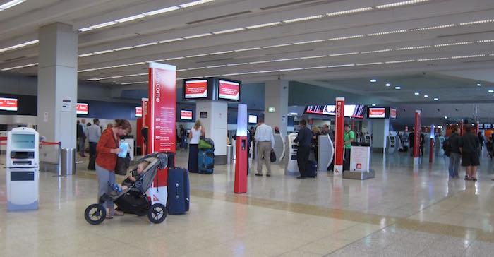 Qantas-Club-Melbourne-Airport-02