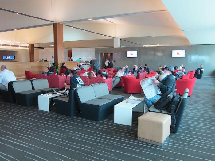 Qantas-Club-Melbourne-Airport-11