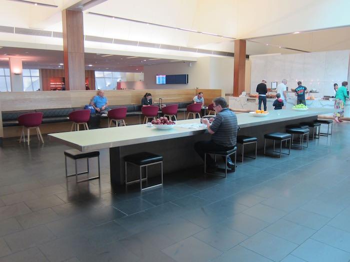 Qantas-Club-Melbourne-Airport-12