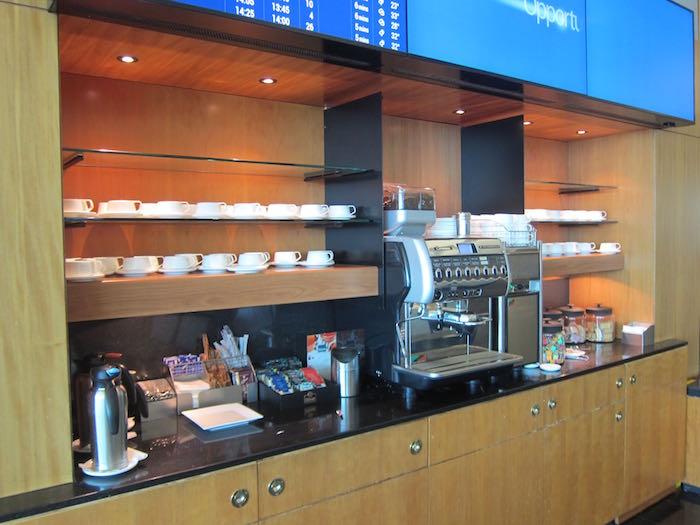 Qantas-Club-Melbourne-Airport-14