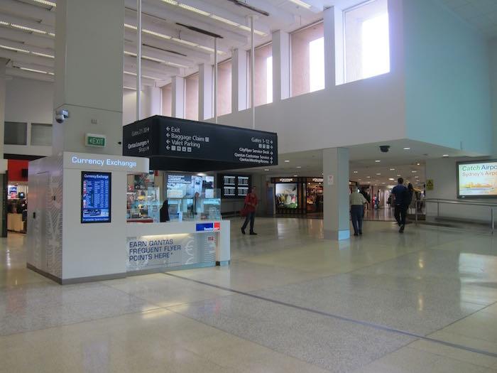 Qantas-Club-Melbourne-Airport-31