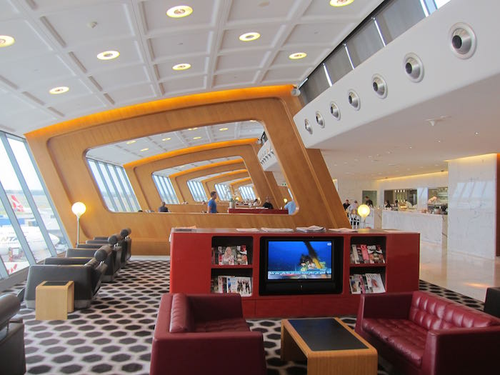 Qantas-First-Lounge-Sydney-19
