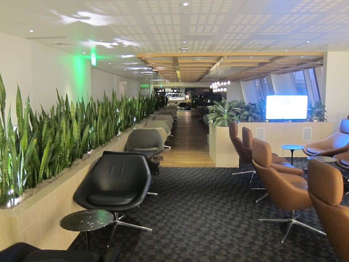 oneworld-lounge-LAX-12