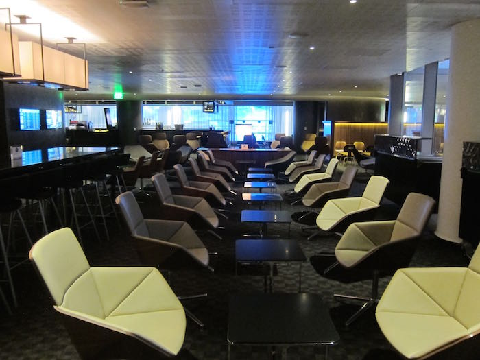 oneworld-lounge-LAX-13