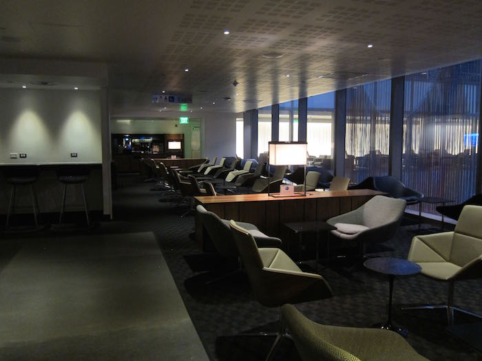 oneworld-lounge-LAX-16