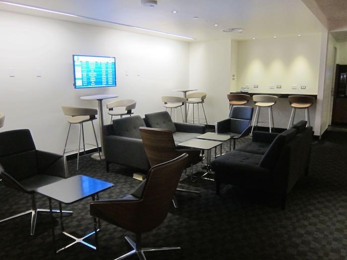 oneworld-lounge-LAX-18