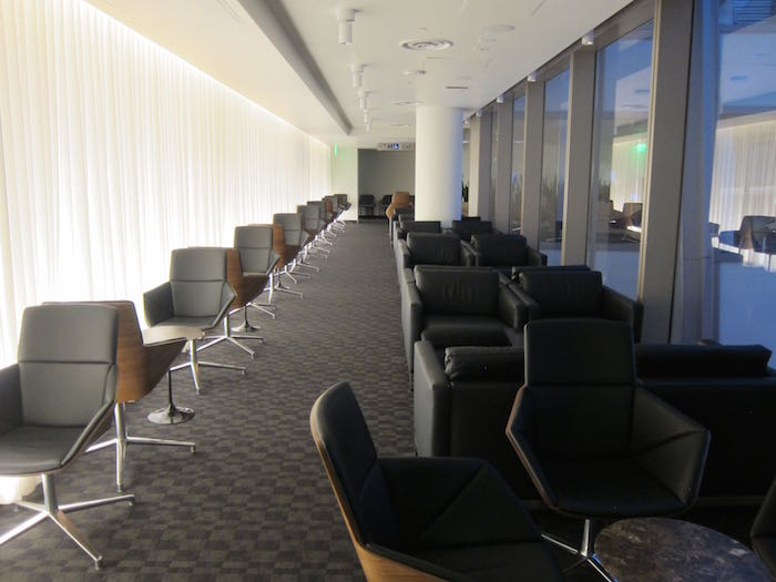 oneworld-lounge-LAX-22