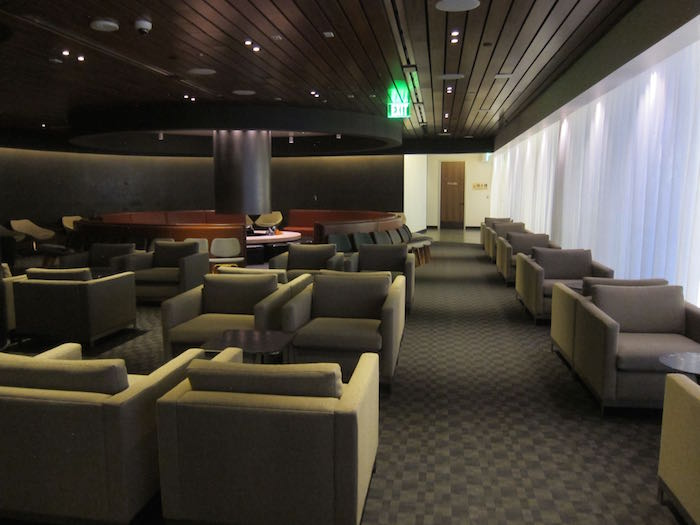 oneworld-lounge-LAX-29