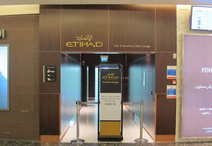 Etihad-Lounge-Abu-Dhabi-04