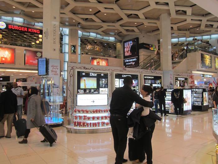 Etihad-Lounge-Abu-Dhabi-06