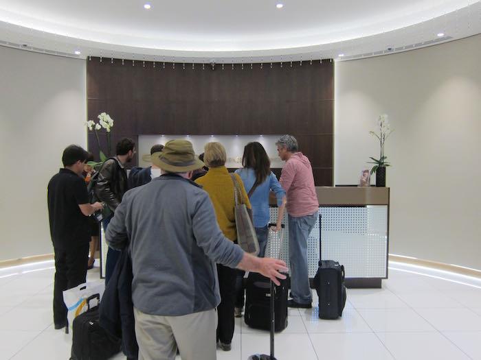 Etihad-Lounge-Abu-Dhabi-12