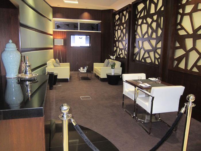 Etihad-Lounge-Abu-Dhabi-16