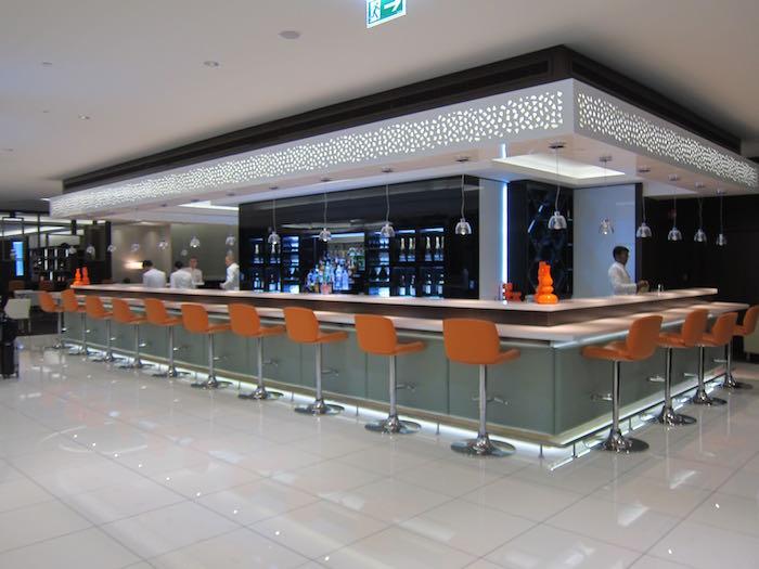 Etihad Lounge Abu Dhabi 22