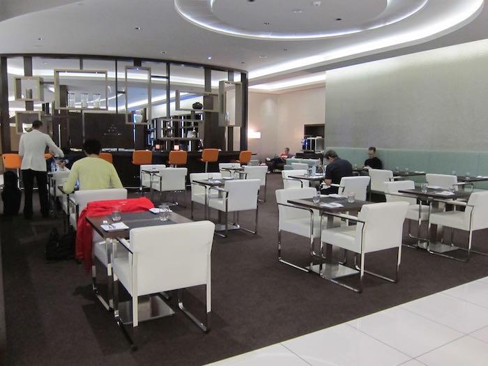 Etihad-Lounge-Abu-Dhabi-25